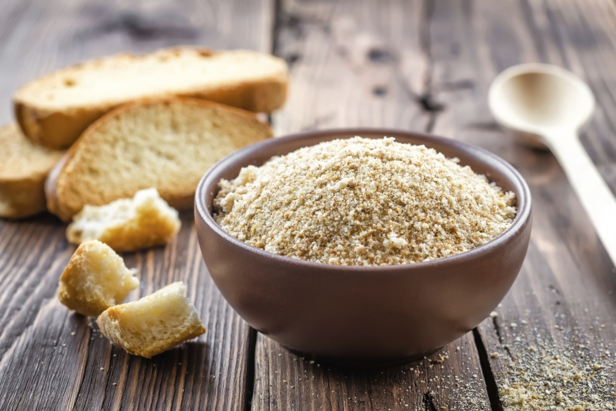 How to Use Leftover Bread to Make Breadcrumbs